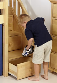 maxtrix built in drawer steps