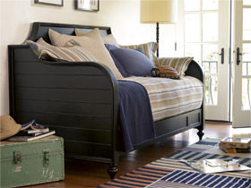 black collection night and day bed