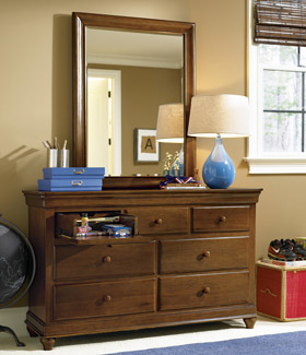 classics 4.0 brown drawer dresser