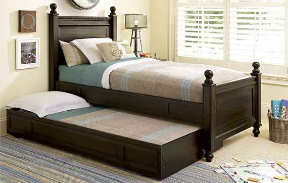 paula deen guys reading bed with trundle