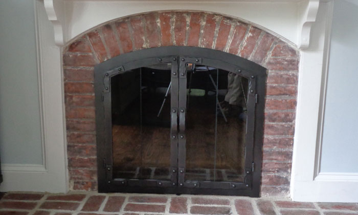 Old World Fireplace Door in Charcoal