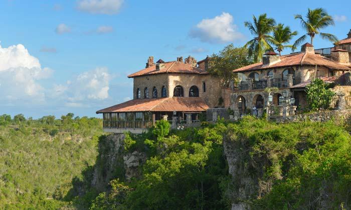dominican republic hillside estate