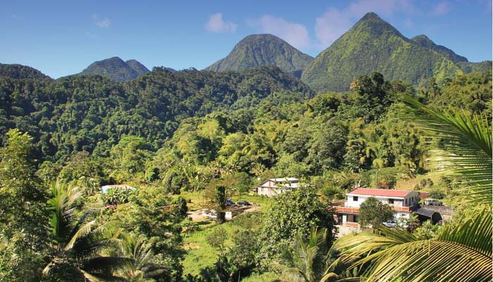 houses in the dominican republic mountains