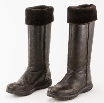 prada brown snow boot with mock fur lining