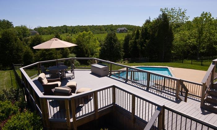 patio deck overlooking swimming pool